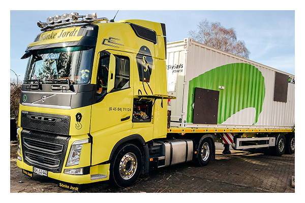 Truck delivering the first SKS PN-14 to a customer